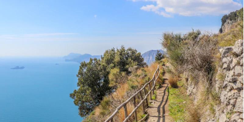 TREKKING: I PERCORSI PIU' BELLI D'ITALIA