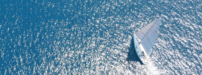 Partire in vacanza in barca a vela nell'estate 2020